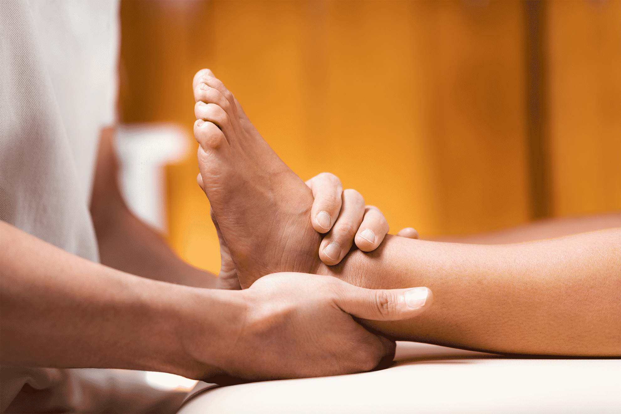 foot pain chiropractor treatment