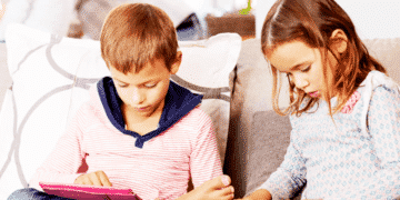 Tech Neck Effects on Your Child's Posture